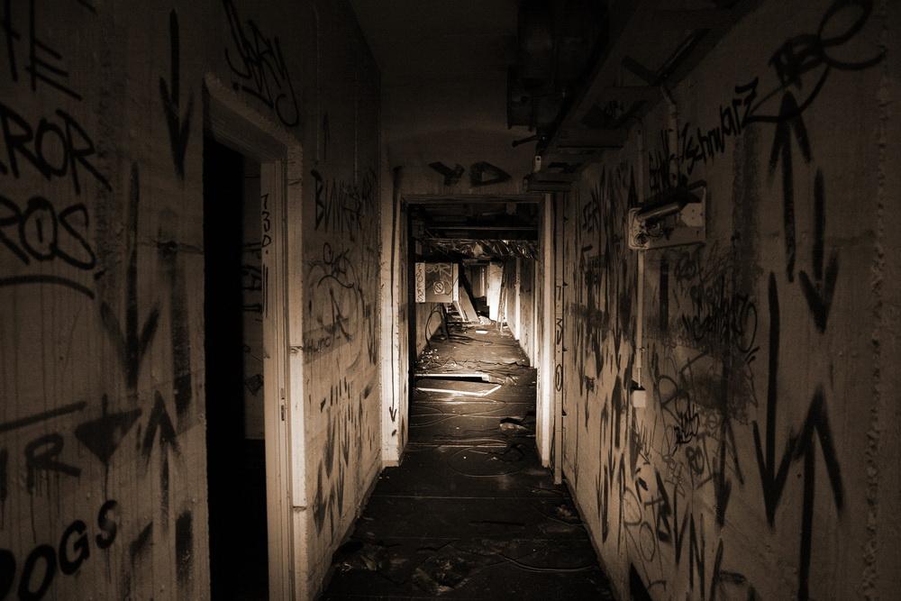 Blick in den zugemüllten Tunnelabschnitt